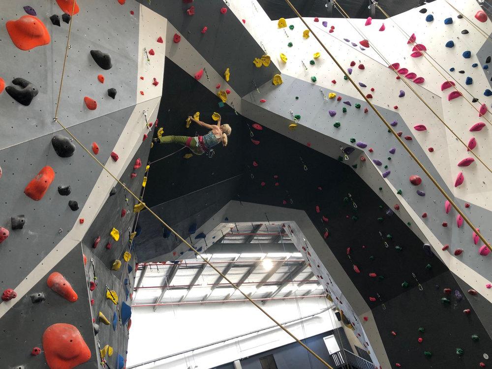 climbfit-kirrawee-lead-climbing-02.jpg
